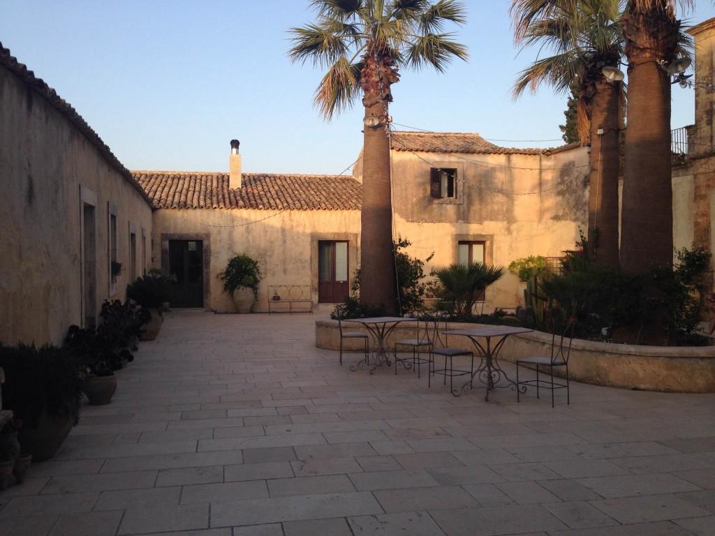 borgo_del_carato_hotel_sicilia (1)