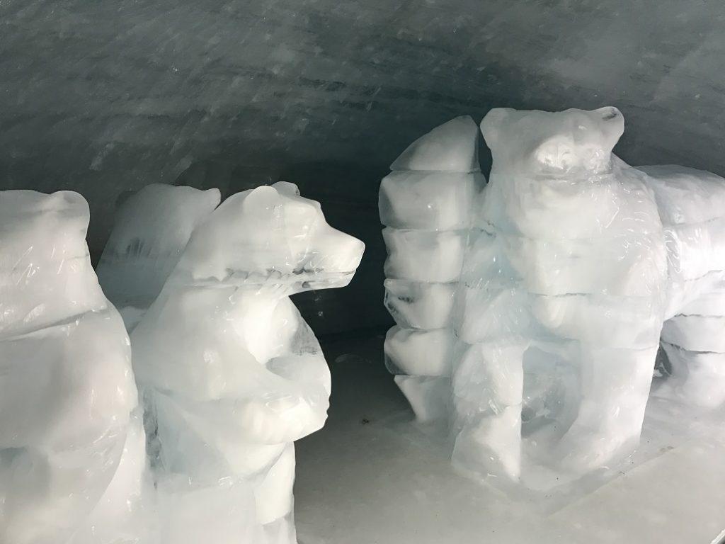 jungfrau_scultureghiaccio_icepalace