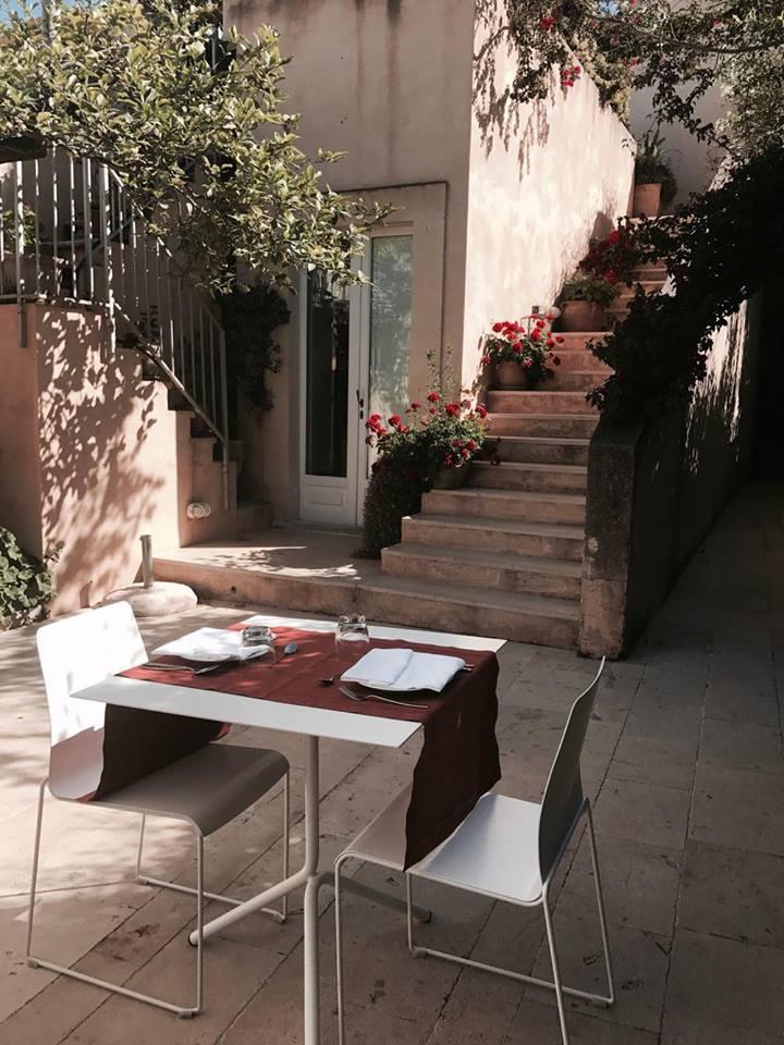 lamoresca_hotel_ragusa_caffetteria_colazione_raffaellacatania
