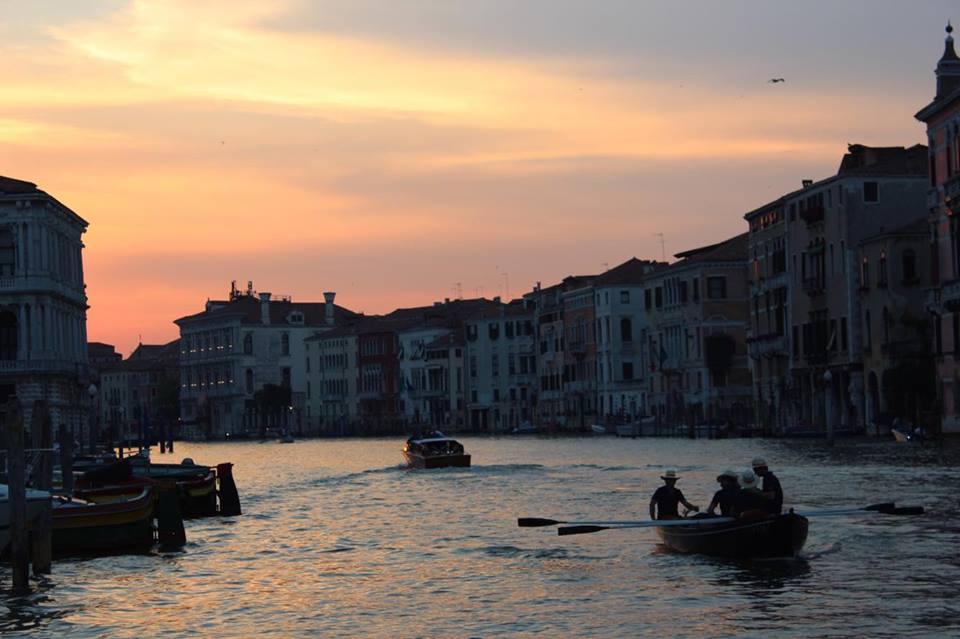venezia_tramonto_canal_grande_raffaellacatanial