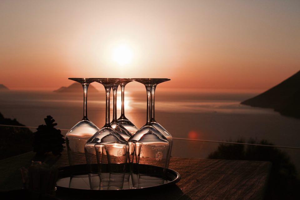 tenuta_di_castellaro_lipari_tramonto_vista