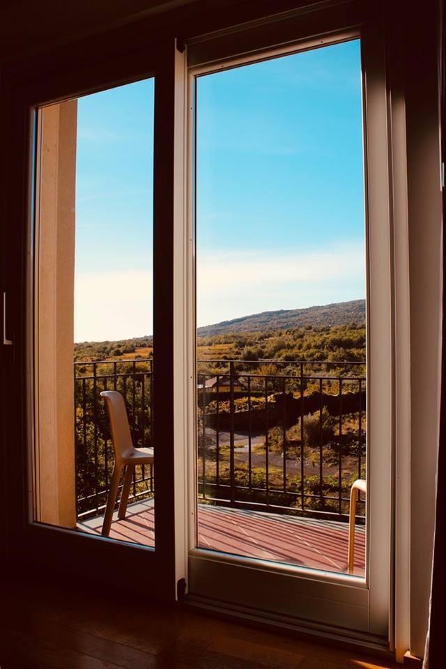mareneve_resort_linguaglossa_vista_camera