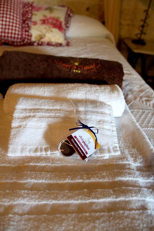 masseria_ciancio_modica_camera_matrimoniale_cioccolato_modica