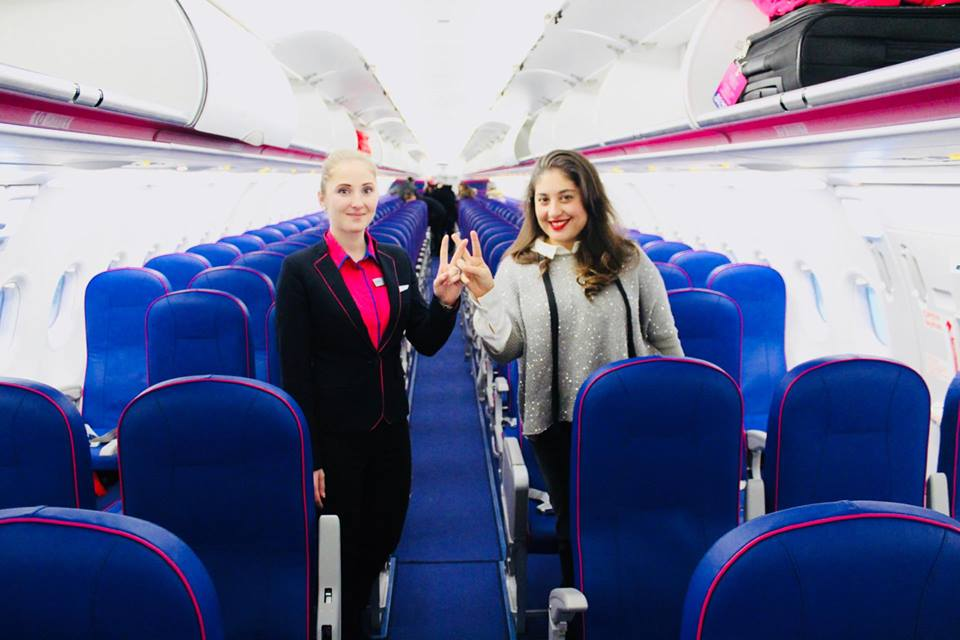 wizzair_raffaella_catania_wizzcrew_hostess_lowcost