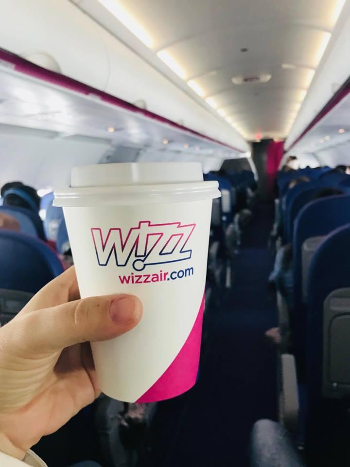 wizzair_volo_catania_budapest_diretto_coffee
