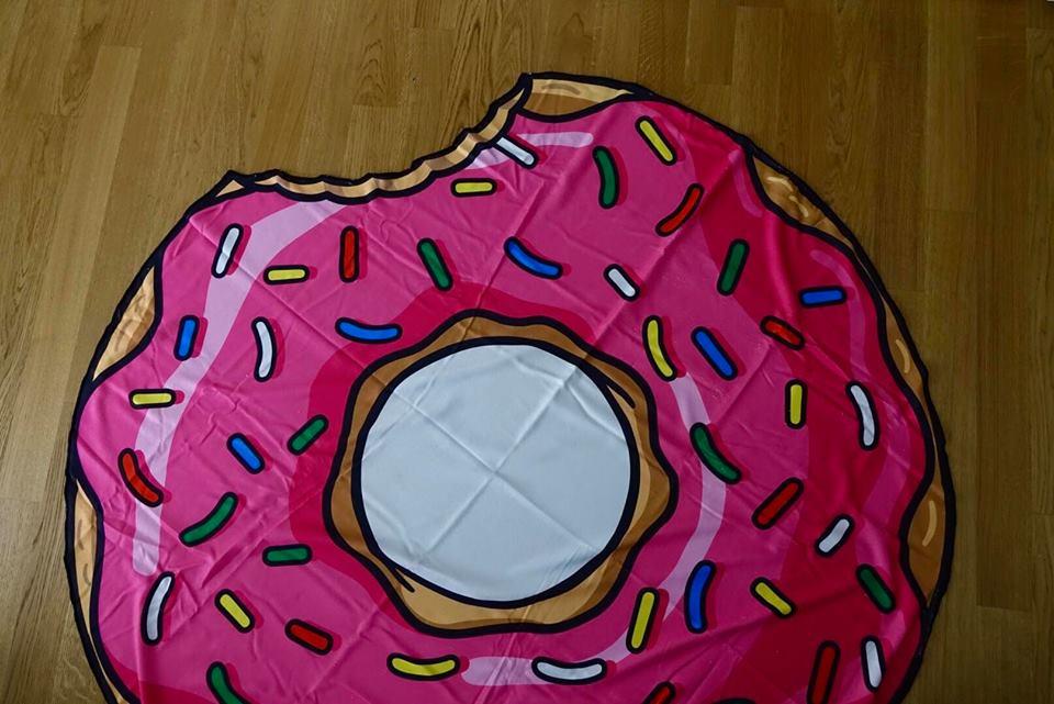 regali_romantici_troppotogo_telo_mare_donuts