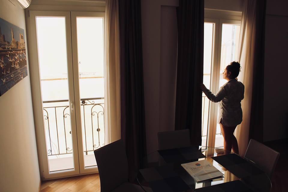 appartamenti_trapani_in_soggiorno_raffaellacatania