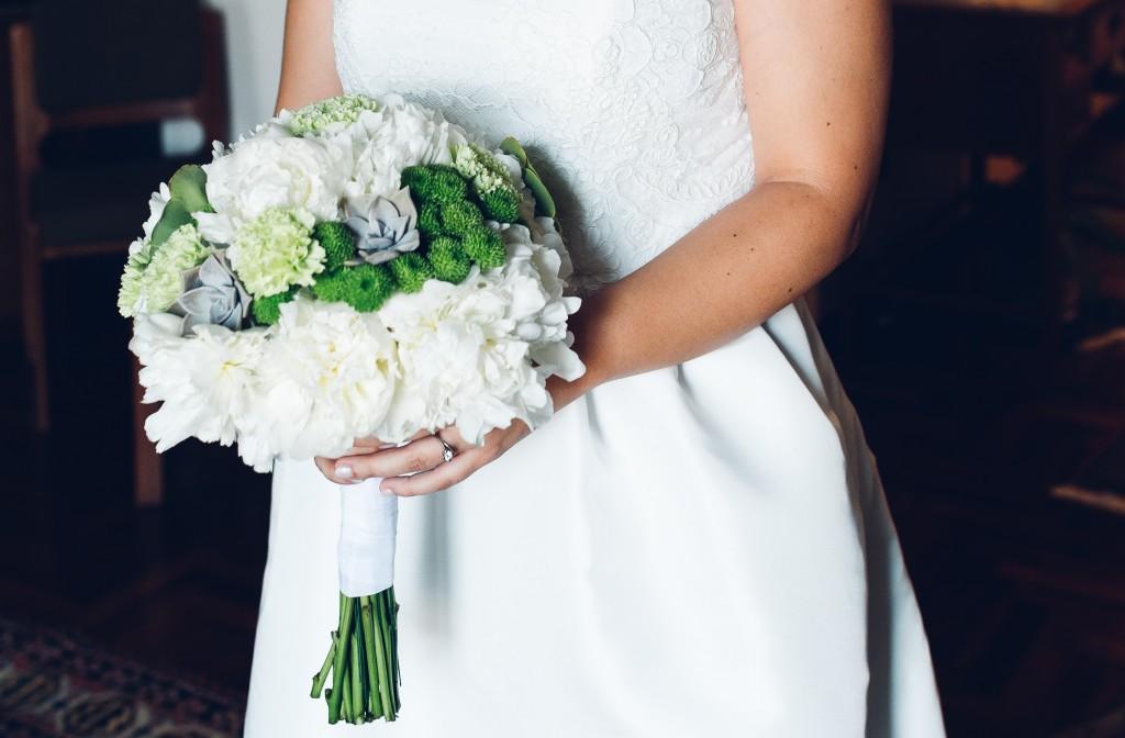 bouquet_sposa_peonie_piante_grasse