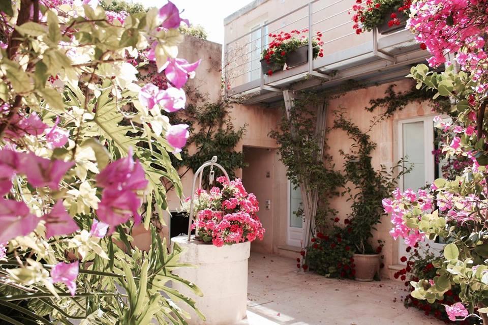 lamoresca_hotel_giardino__raffaellacatania
