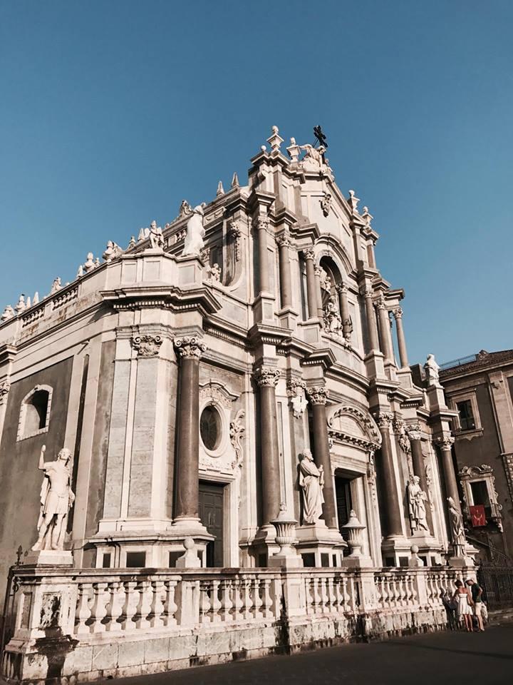 sicilian_secrets_catania_duomo_agata_travel_blogger