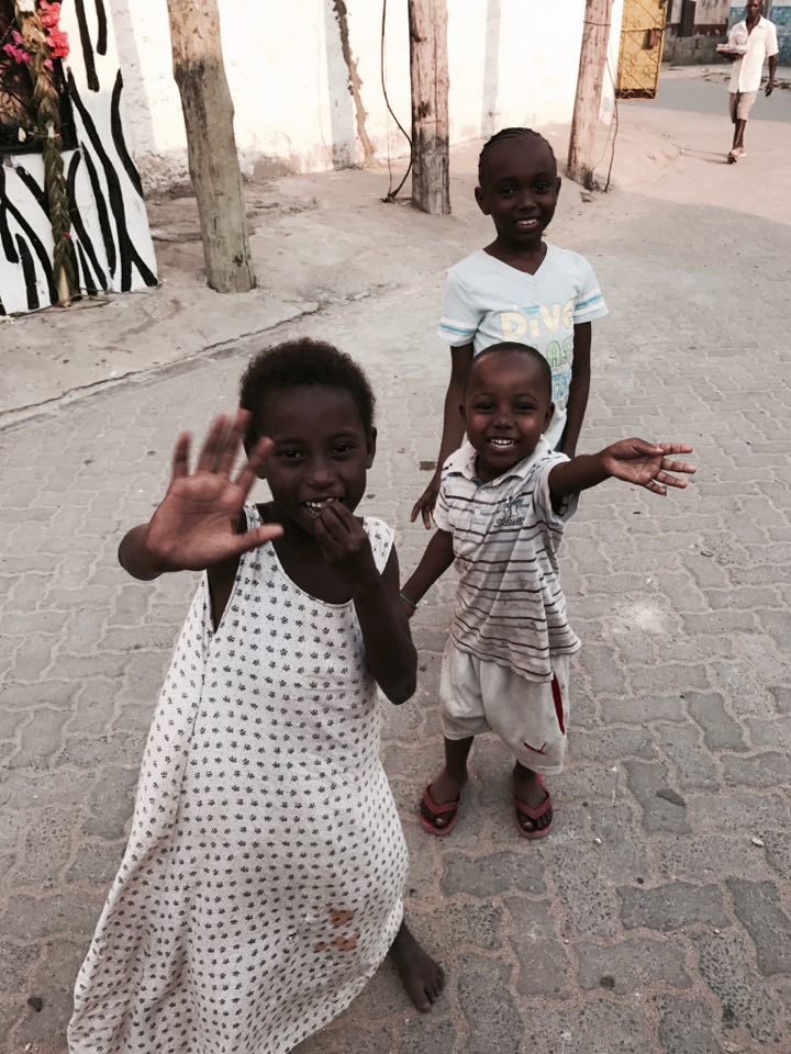 kenya_travel_blogger_raffaellacatania_bimbi_africani