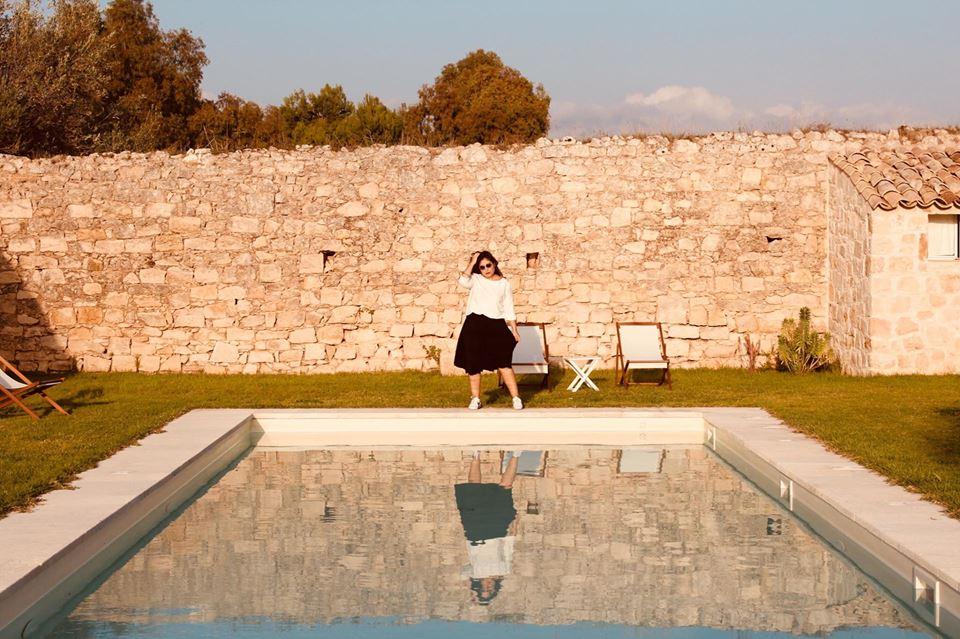 baglio_occhipinti_raffaella_catania_travel_blogger_sicilia_piscina