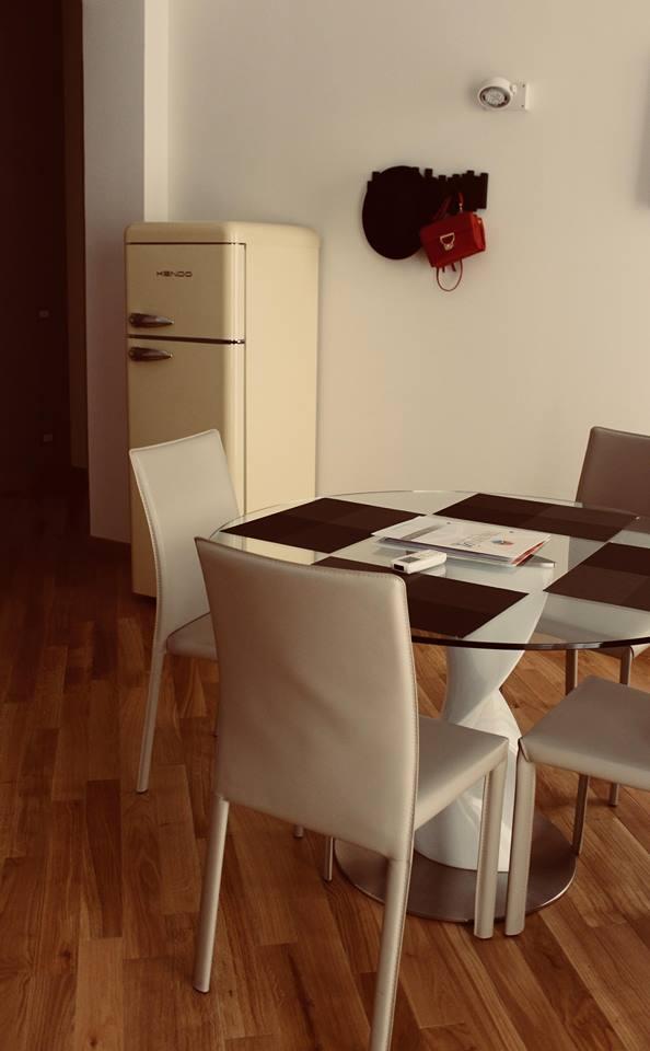 appartamenti_trapani_in_centro_storico_zona_giorno_cucina