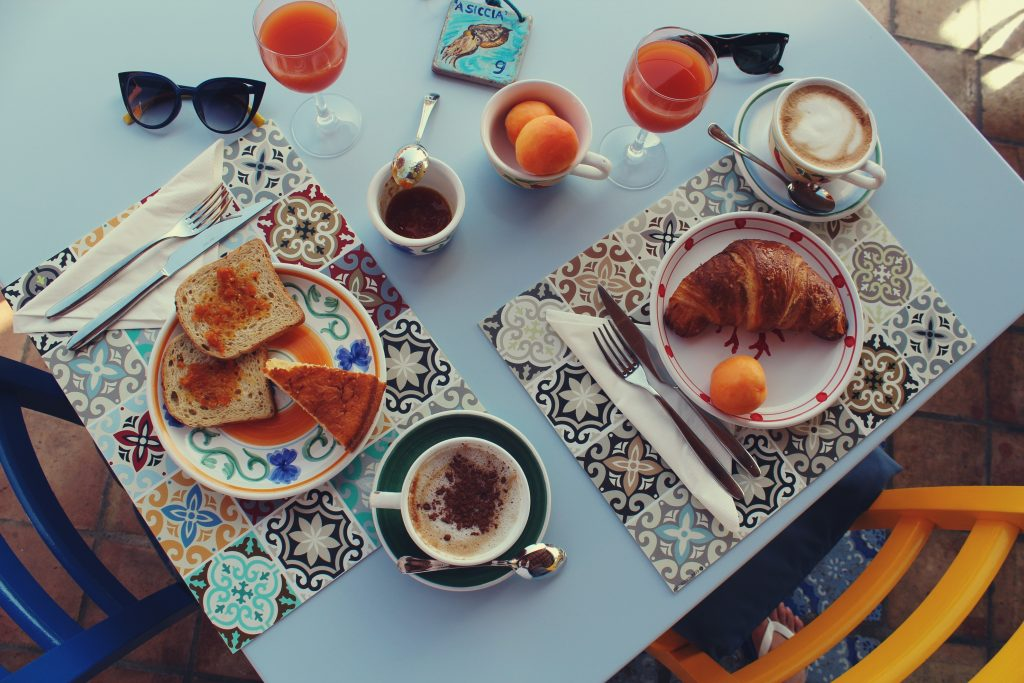 salina_hotel_mamma_santina_colazione