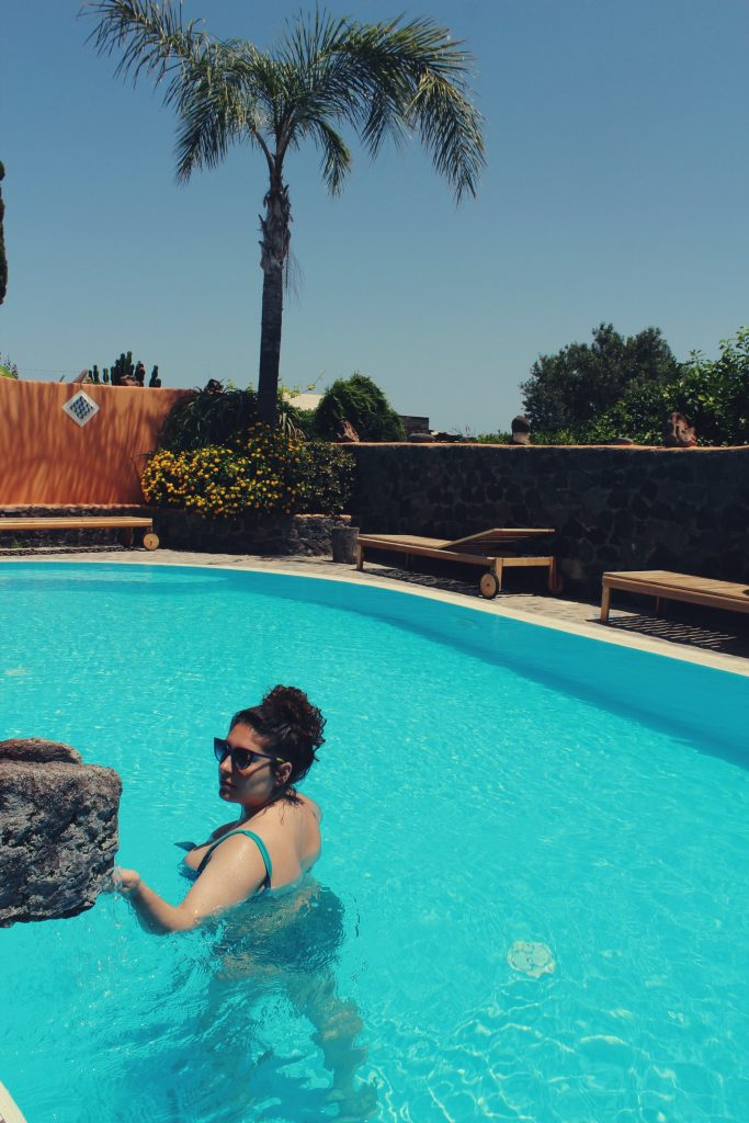 salina_hotel_mamma_santina_piscina_raffaellacatania_blogger