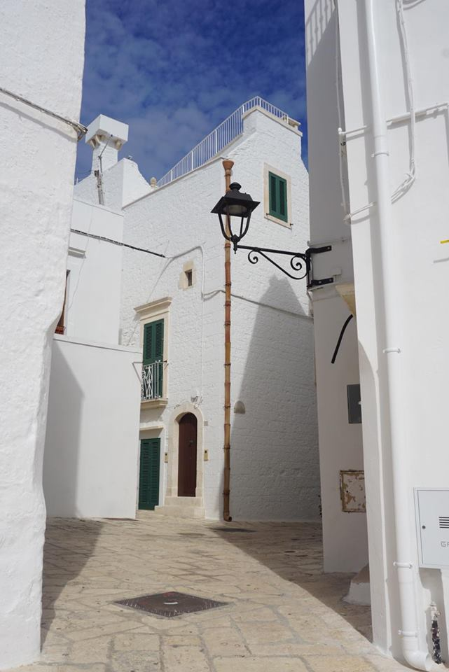 valle_ditria_locorotondo_angoli_centro_storico